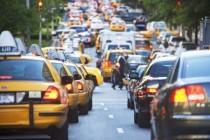 事故数量增加,维修成本上升,美国车险市场正经历怎样的变化?