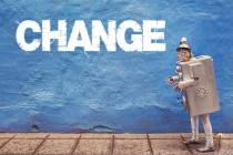 看机器人技术如何改变保险理赔行业